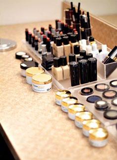Artistry Cosmetics-